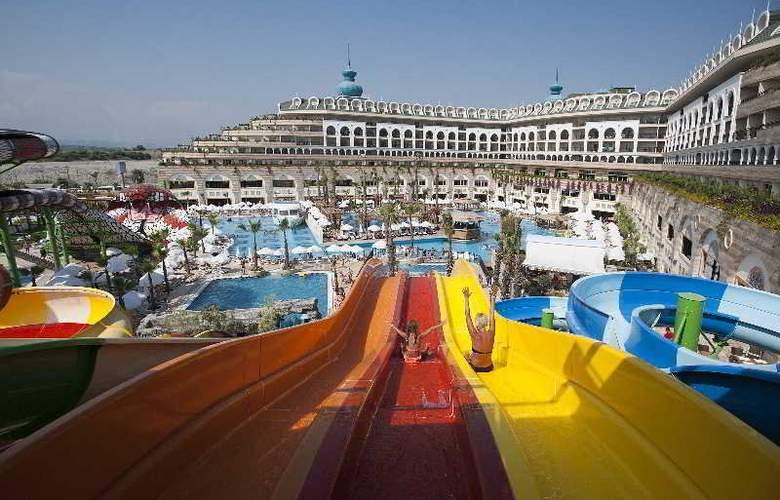 Crystal Sunset Luxury Resort & Spa - Hotel - 0