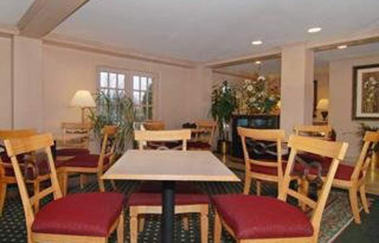 Quality Inn & Suites (Addison) - General - 1