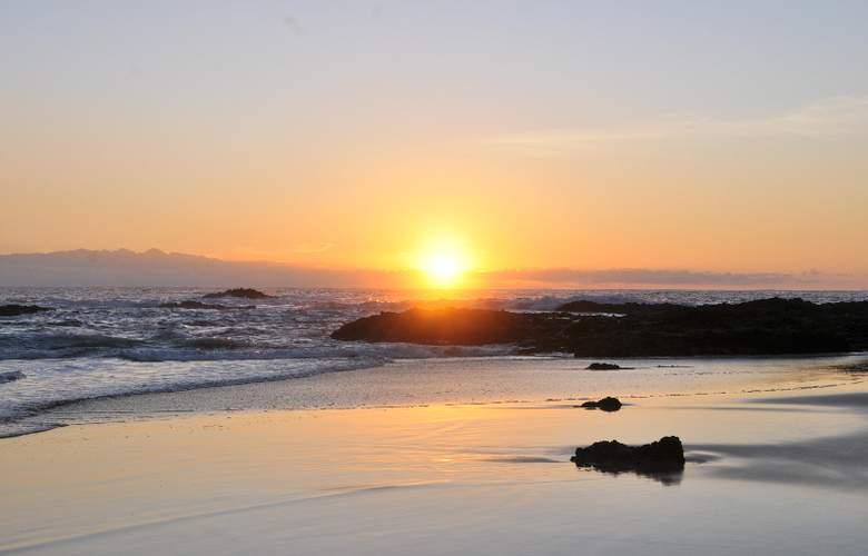 Vila Baleira Thalassa Porto Santo - Beach - 25