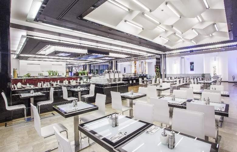 Grandior Hotel Prague - Restaurant - 8