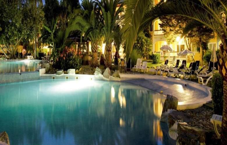 Palm Garden - Hotel - 9