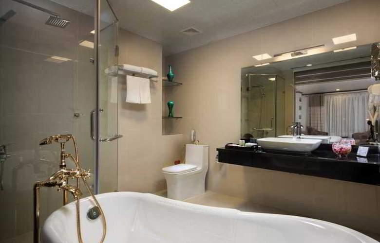 Boss Legend Hotel - Room - 6