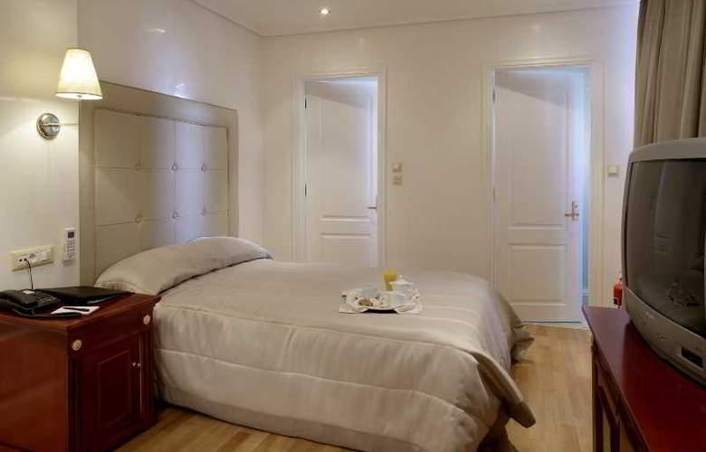 Piraeus Theoxenia - Room - 18