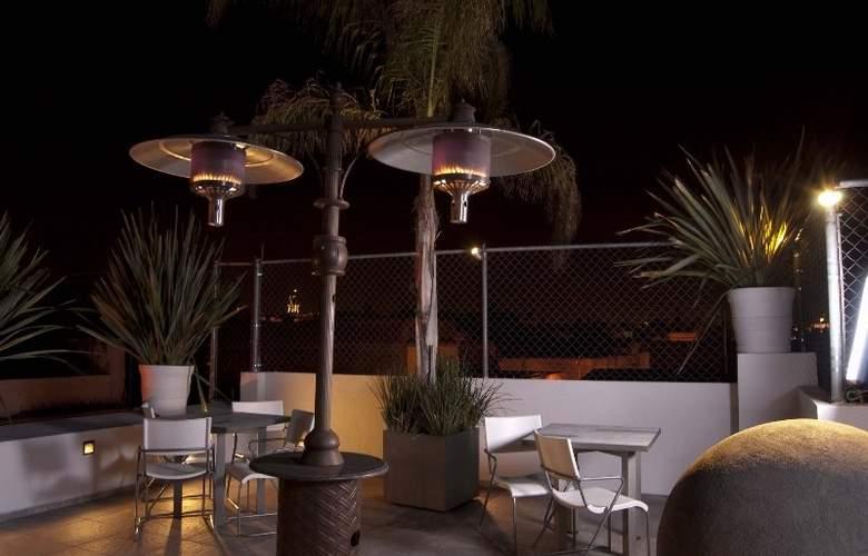MLM Hotel Boutique - Terrace - 2