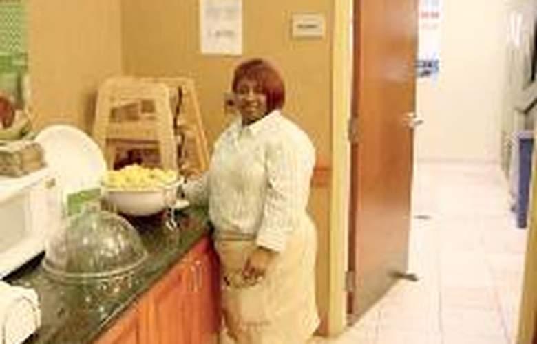 Hampton Inn & Suites Pittsburgh-Downtown - Restaurant - 1