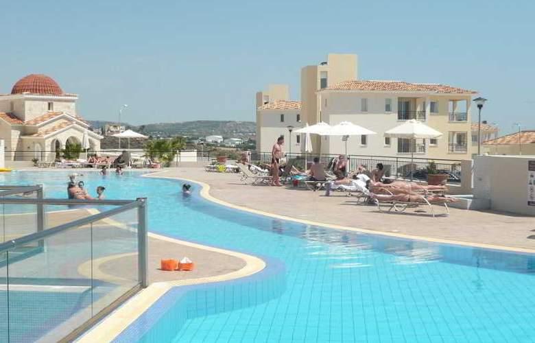 Club St George Resort - Pool - 2