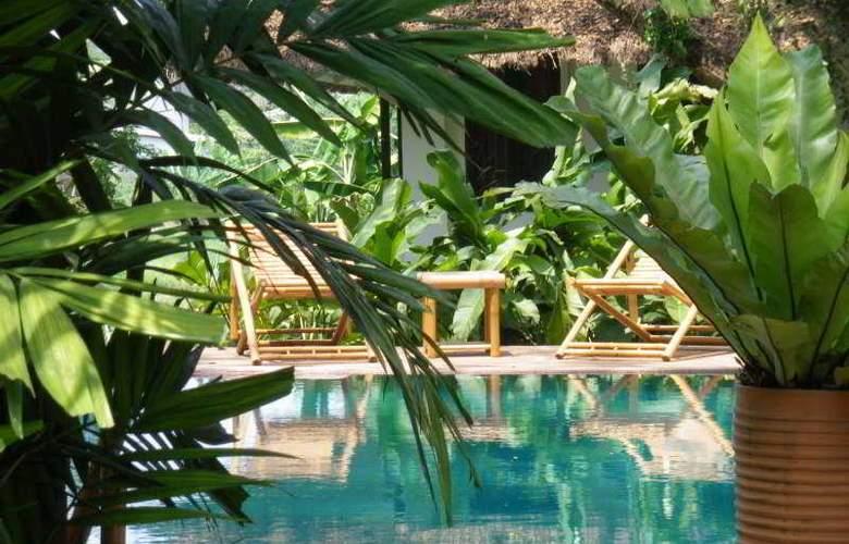 Baan Namping Riverside Village Chiang Mai - Pool - 7
