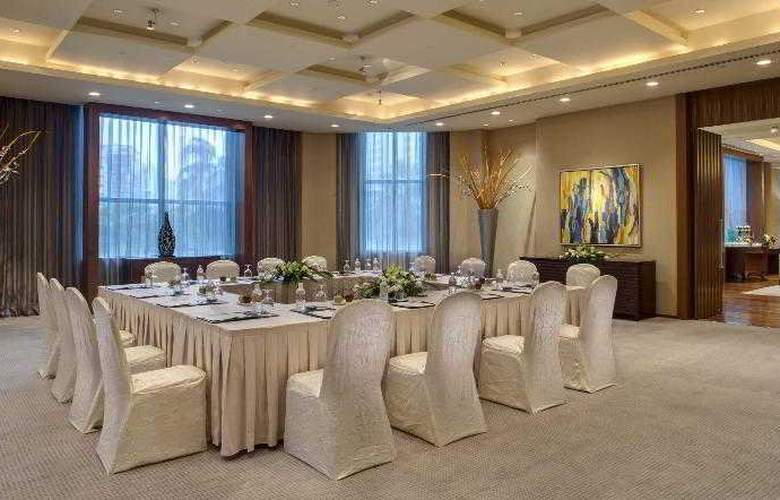 Grand Copthorne Waterfront - Hotel - 11