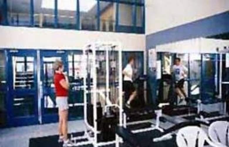 Quality Inn Kamloops - Sport - 4