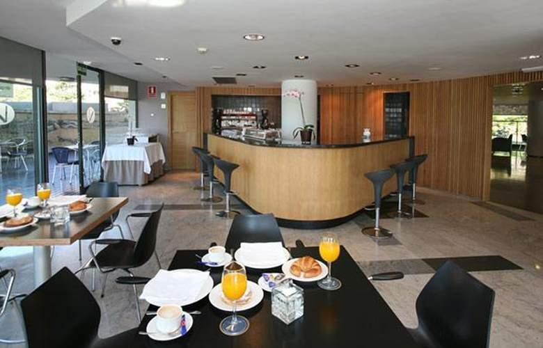 Gran Hotel Victoria - Restaurant - 5