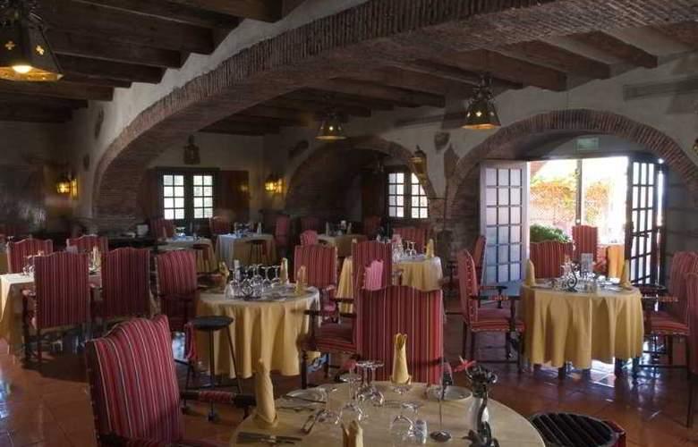 Pestana Carlton Madeira Ocean Resort Hotel - Restaurant - 7