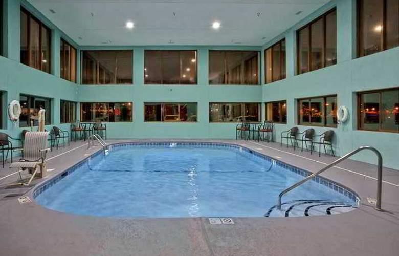 Hampton Inn Sevierville - Hotel - 2