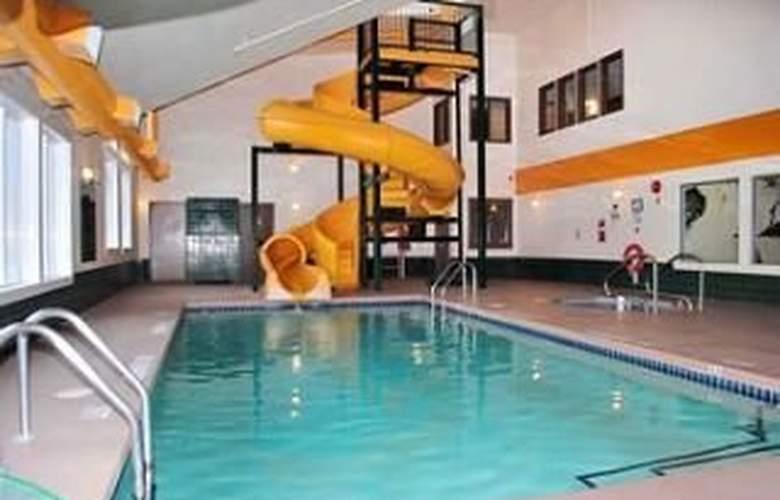 Best Western Mountain Retreat - Pool - 4