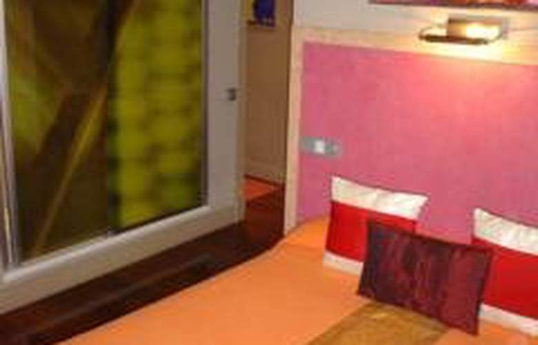 Gay Pension Madrid House - Room - 4