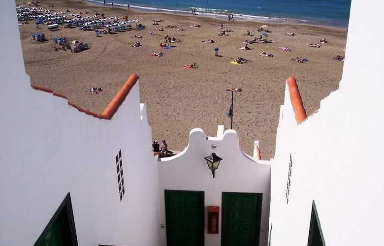 Las Fuentes - Beach - 4