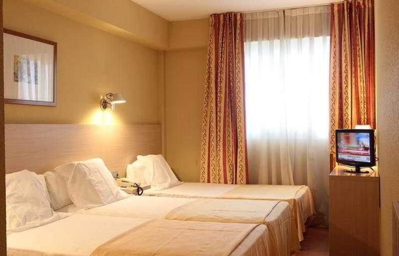 Burlada - Room - 3