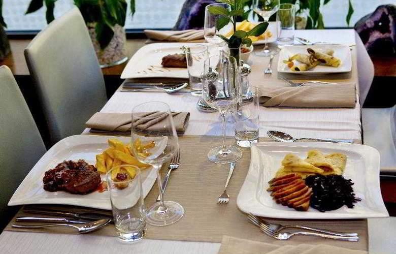 Danubia Gate - Restaurant - 23