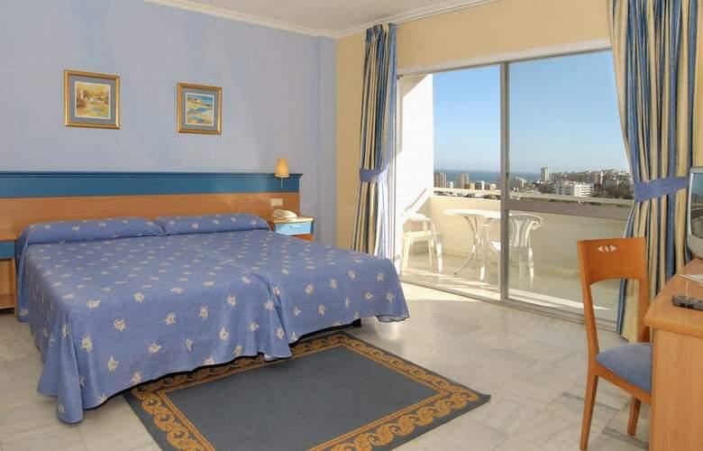 Roc Costa Park - Room - 8