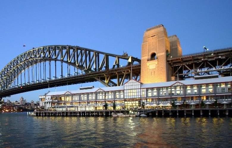 Pier One Sydney Harbour Autograph Collection - General - 1