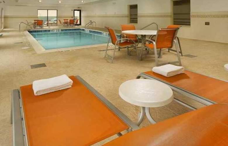 Hampton Inn and Suites Selma-San Antonio/Randolph - Hotel - 3