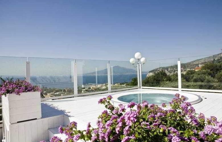 Villa Oriana Relais - Pool - 3