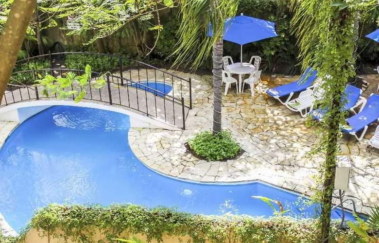 Comfort Inn Tampico - Pool - 28
