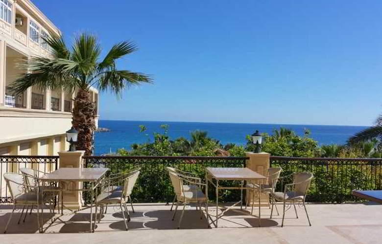 Oscar Resort - Terrace - 54