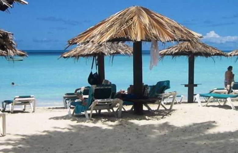 Halcyon Cove By Rex Resorts - Beach - 0