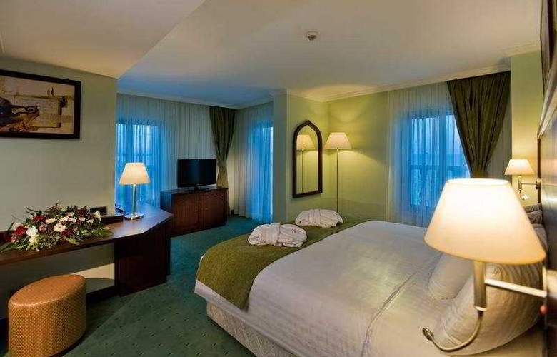 Crowne Plaza Hotel - Room - 5
