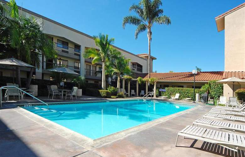 Best Western Plus Orange County Airport North - Pool - 72