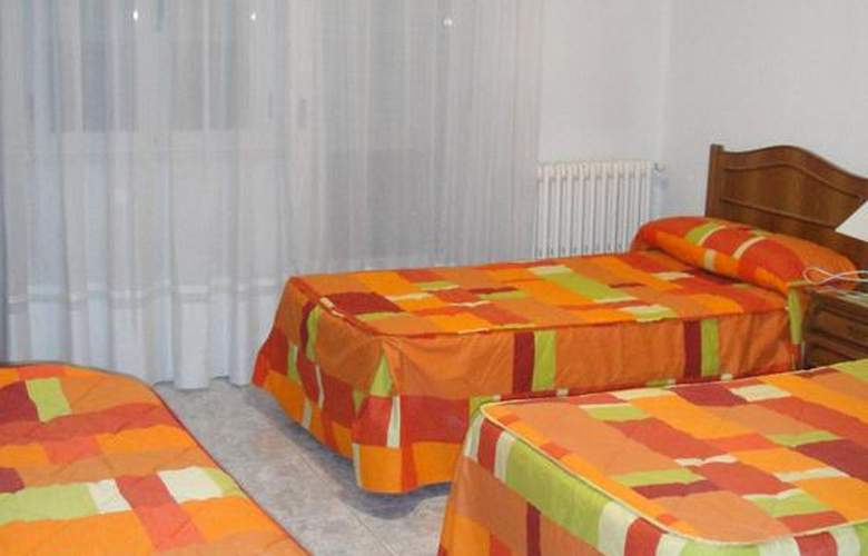 Hostal Uria - Room - 7