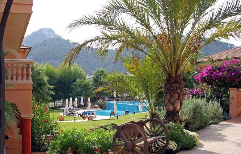 Mon Port Hotel Spa - Terrace - 217
