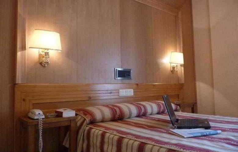 Real de Toledo - Room - 6