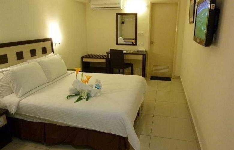 Corona Inn - Room - 2