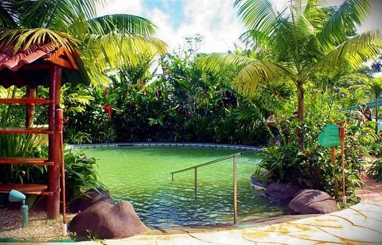 Blue River Resort Hot Springs & Spa - Pool - 15