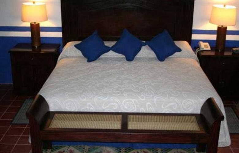 Castelmar - Room - 2