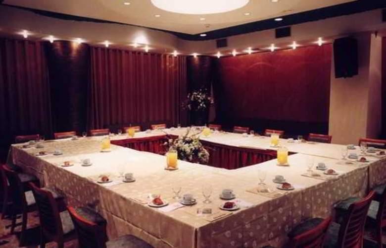 Caesar Hotel Tiberias - Restaurant - 11