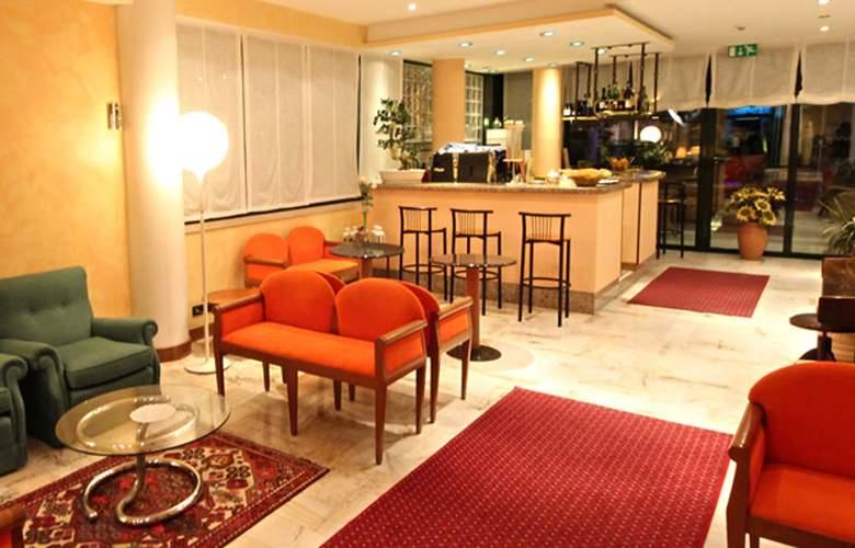 Ruhl Beach Hotel & Suites - General - 1