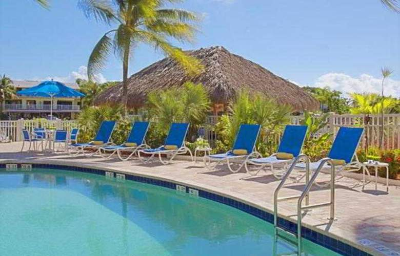 Courtyard by Marriott Key Largo - Pool - 20