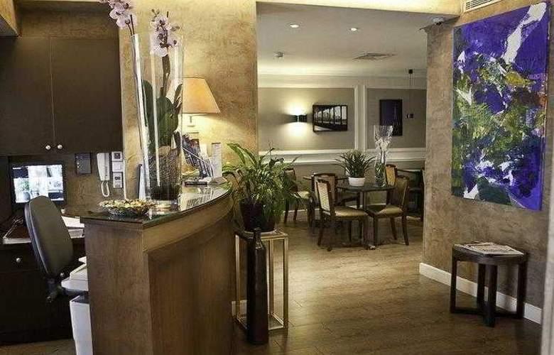 BEST WESTERN SEVRES MONTPARNASSE - Hotel - 1