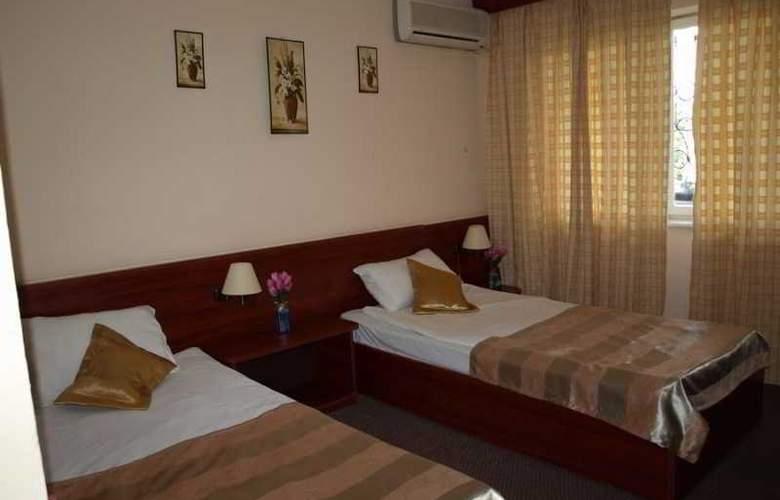 Caraiman Hotel - Room - 15