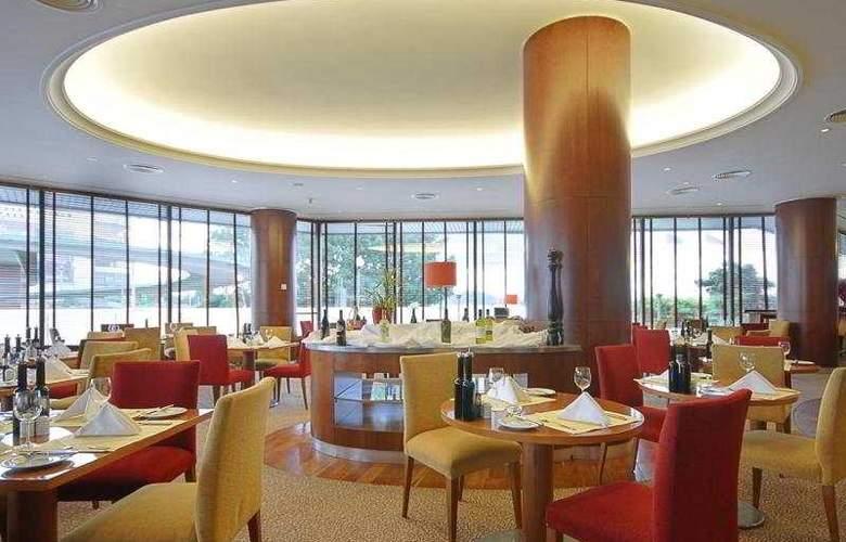 Corinthia Hotel Prague - Restaurant - 10