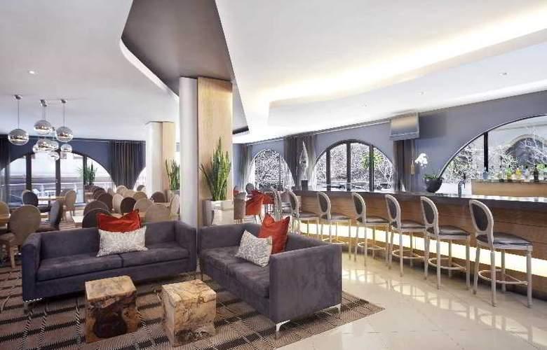 Holiday Inn Express Cape Town - Terrace - 5