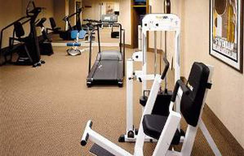 Hampton Inn & Suites Atlanta-Downtown - Sport - 1