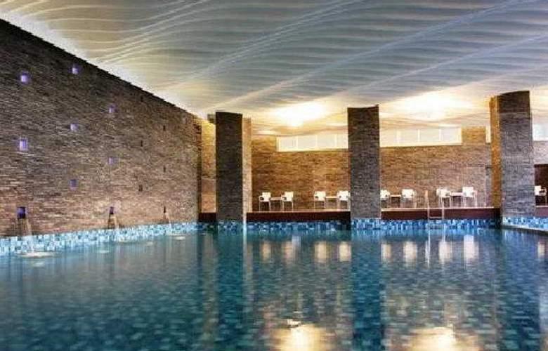Swiss-Belhotel Mangga Besar - Pool - 5