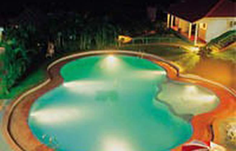 Cardamom County - Pool - 6