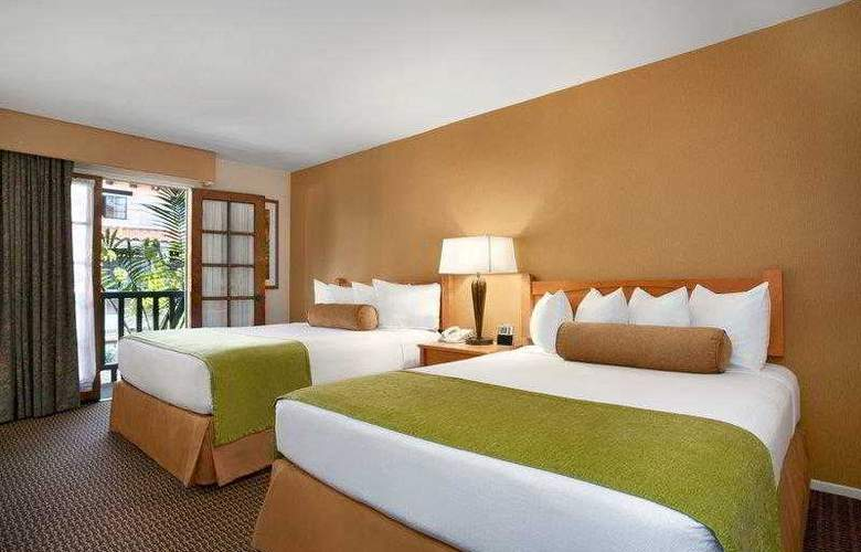 Best Western Plus Carpinteria Inn - Hotel - 18