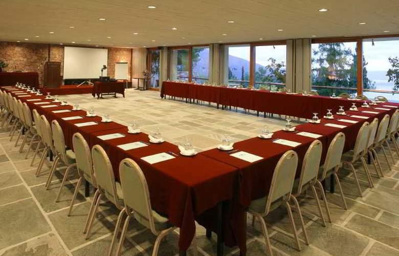 Amalia Delphi - Conference - 7