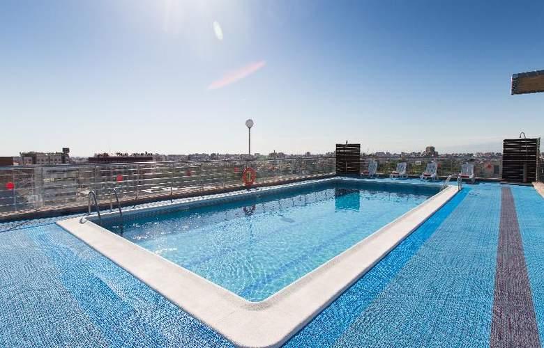 Expo Valencia - Pool - 32