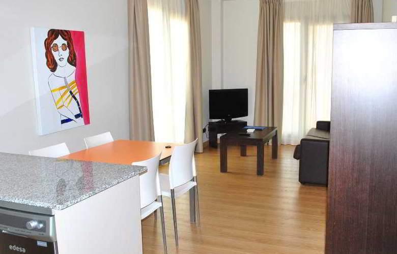 Maritimo Ris Apartamentos - Room - 5